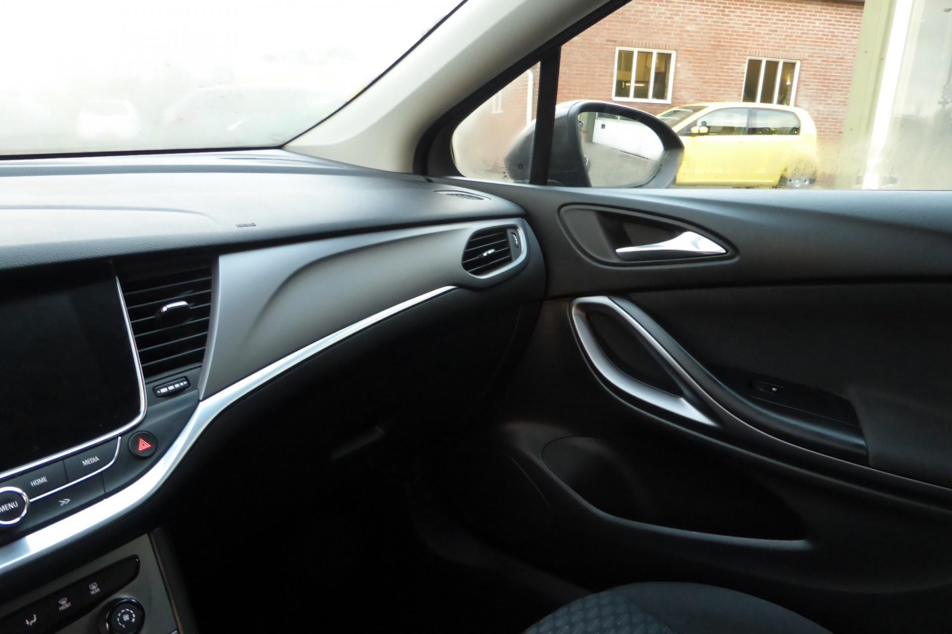 Opel Astra foto 4